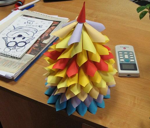 Новогодная ёлочка из бумаги