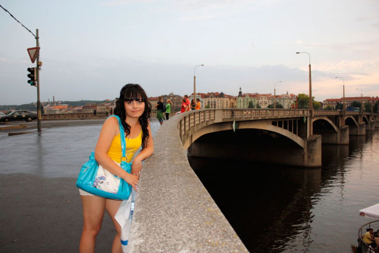 Прага, на мосту через Влтаву